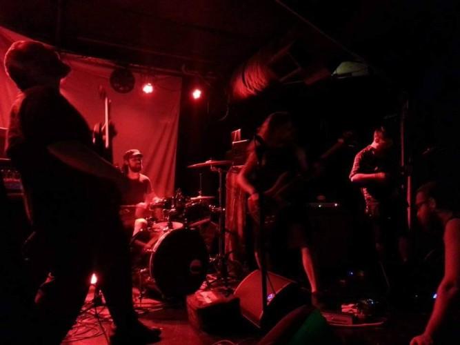 Un Band Photo