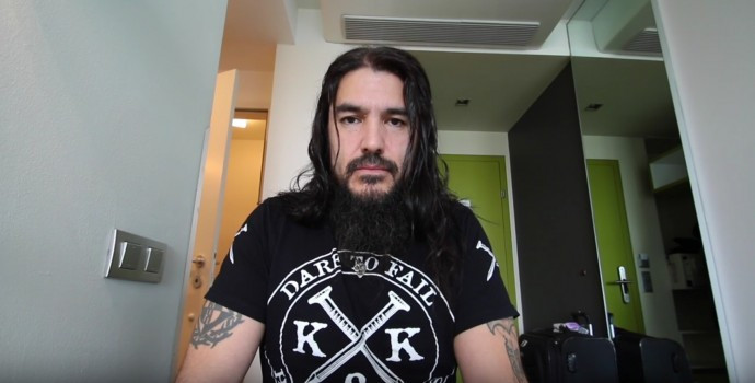 Robb Flynn calls out Phil Anselmo