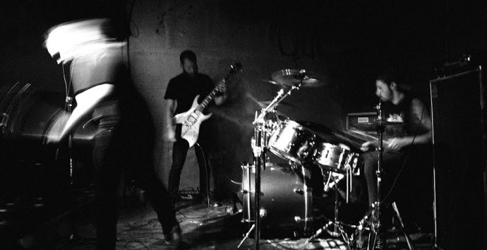 Hissing band-photo by Ryan Avery