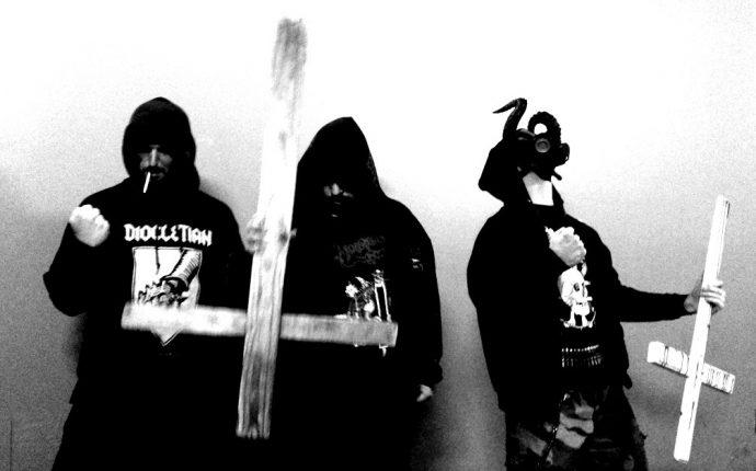 defecrator-band