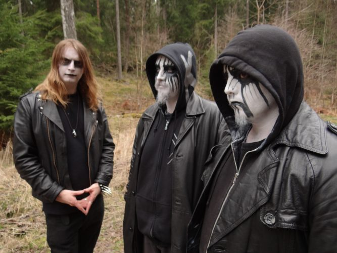 mist-of-misery-band